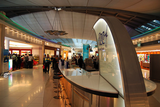 Reef Bar - Suvarnabhumi Airport by ztij0 on Flickr