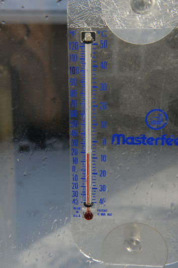 -8 C thermometer by starlord on Flickr